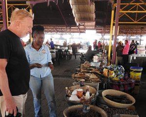 """Namibia: Katutura – Das """"andere"""" Windhoek mit einheimischen Fremdenführern entdecken"""
