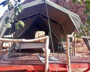 Iwanowski's Africa Tented Camps in den Regionen Etosha Nationalpark und Twyfelfontein