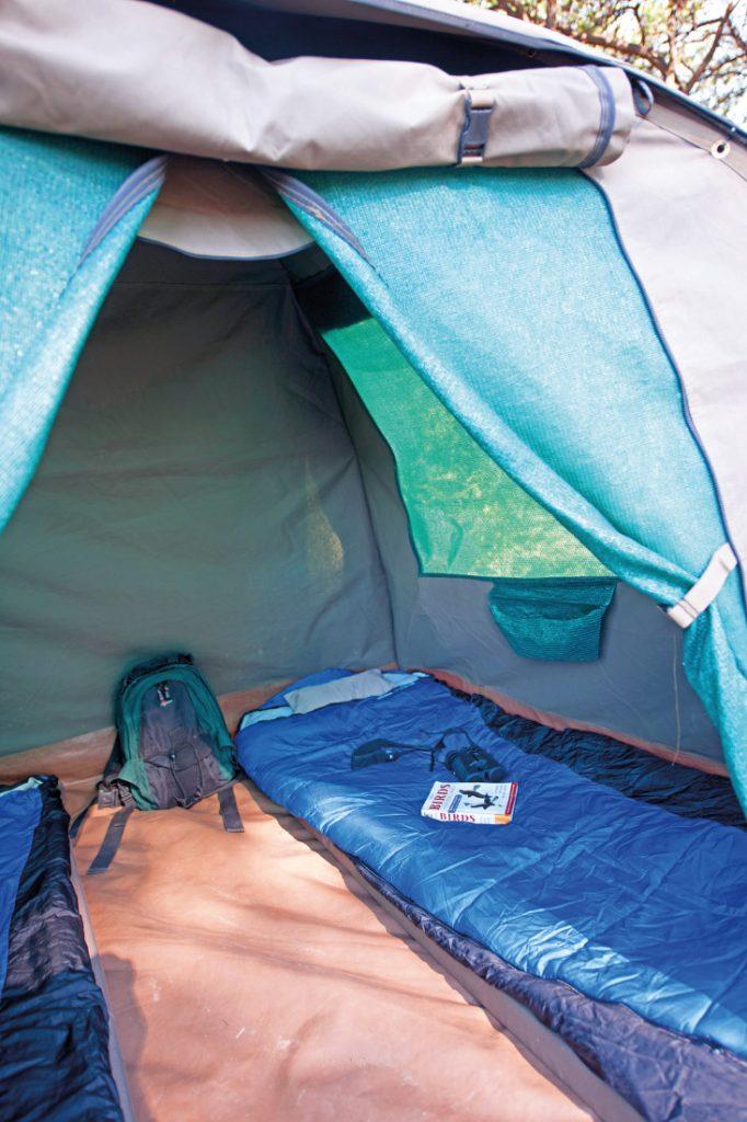 Botswana Bushways Safari Camping Kuppelzelt Iwanowskis Reisen - afrika.de