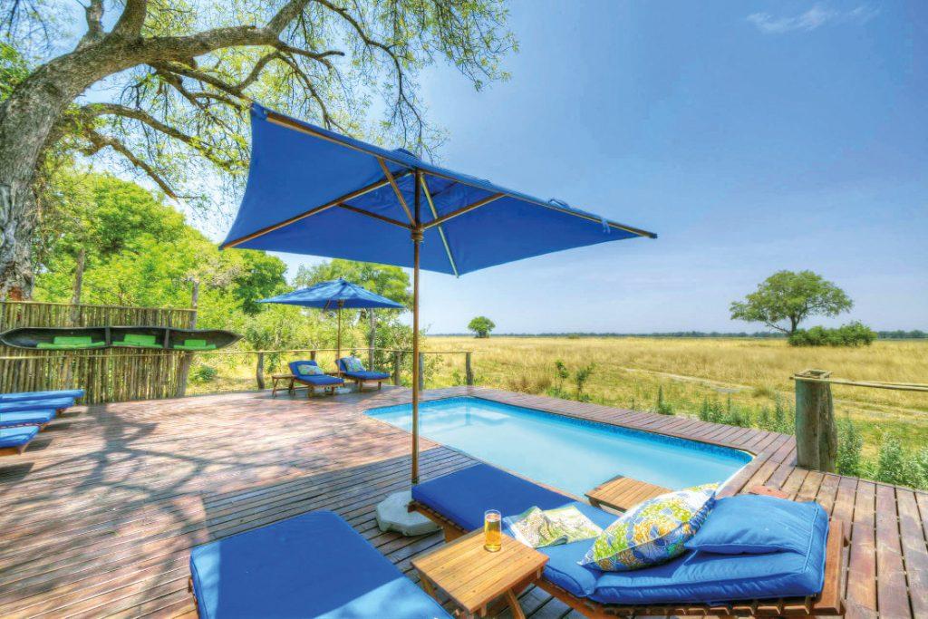 Botswana Okavango Delta Kadizora Camp Pool Iwanowskis Reisen - afrika.de