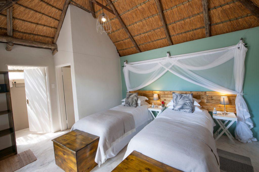 Botswana Khwai River Moremi Khwai Guesthouse Gästezimmer Iwanowskis Reisen - afrika.de