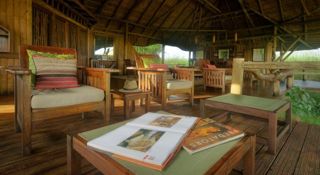 Botswana Linyanti Lebala Camp Lounge Iwanowskis Reisen - afrika.de
