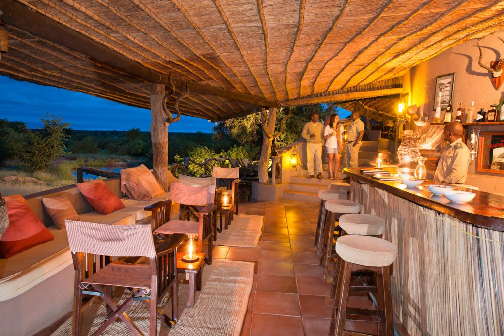 Botswana Mashatu Tented Camp Bar Iwanowskis Reisen - afrika.de