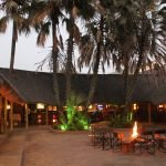 Botswana Maun Lodge Restaurant Iwanowskis Reisen - afrika.de