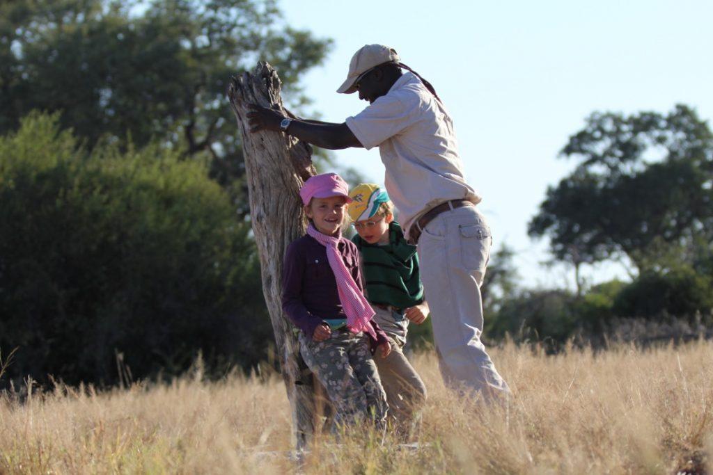 Botswana Rundreise mit Kindern Schule im Busch Iwanowskis Reisen - afrika.de