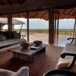 Botswana Kalahari Tau Pan Camp Lounge Iwanowskis Reisen - afrika.de