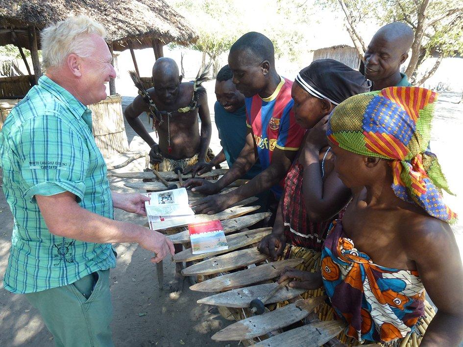 Michael Iwanowski im Lizauli Village in Namibia