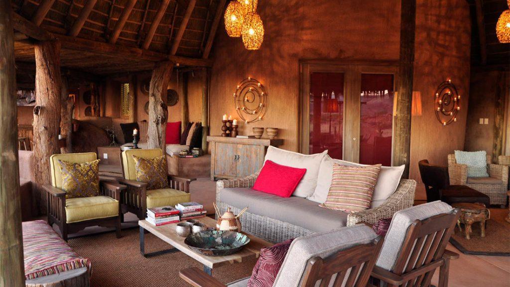 Namibia Twyfelfontein Camp Kipwe Lounge Iwanowskis Reisen - afrika.de