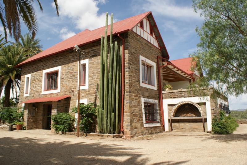 Namibia Windhoek Düsternbrook Gästefarm Iwanowskis Reisen - afrika.de