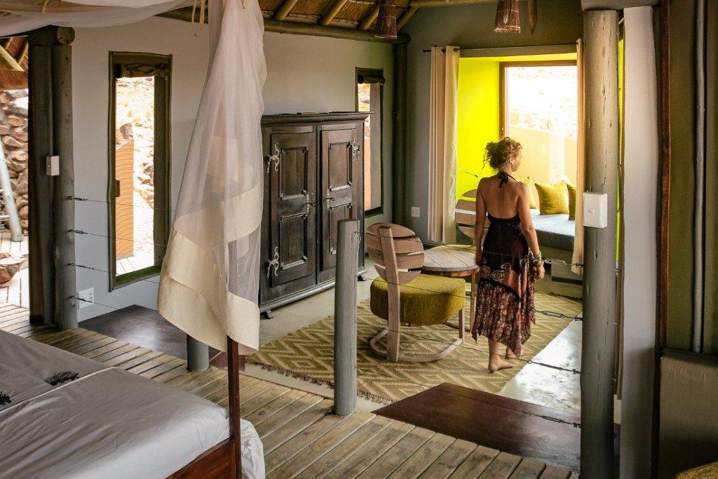 Namibia Sossusvlei Desert Homestead Outpost Zimmer Iwanowskis Reisen - afrika.de