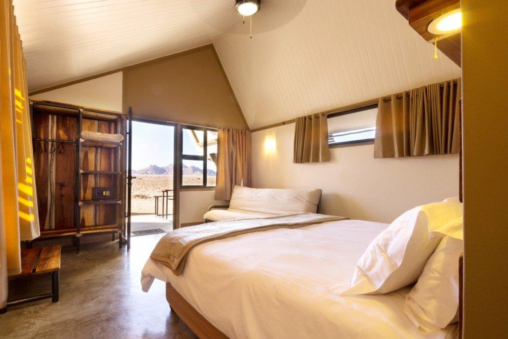 Namibia Sossusvlei Desert Quiver Camp Gästezimmer Iwanowskis Reisen - afrika.de