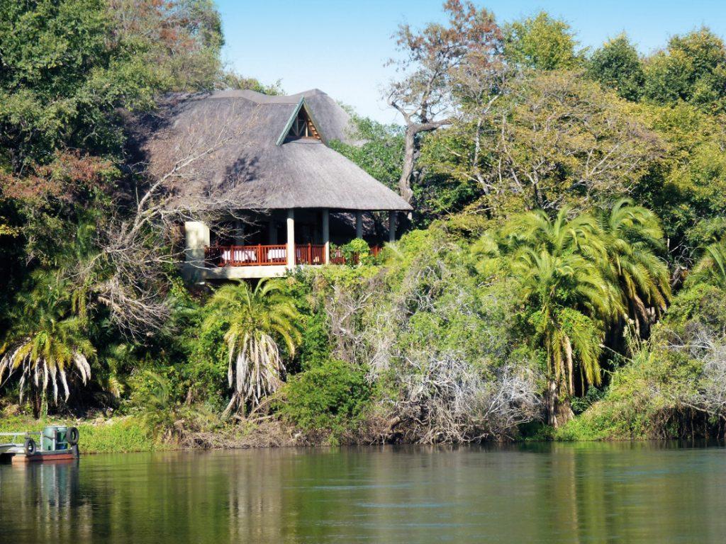Namibia Divundu Divava Okavango Lodge Iwanowskis Reisen - afrika.de