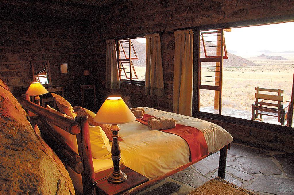 Namibia Klein Aus Vista Eagles Nest Chalets Unterkunft Iwanowskis Reisen - afrika.de