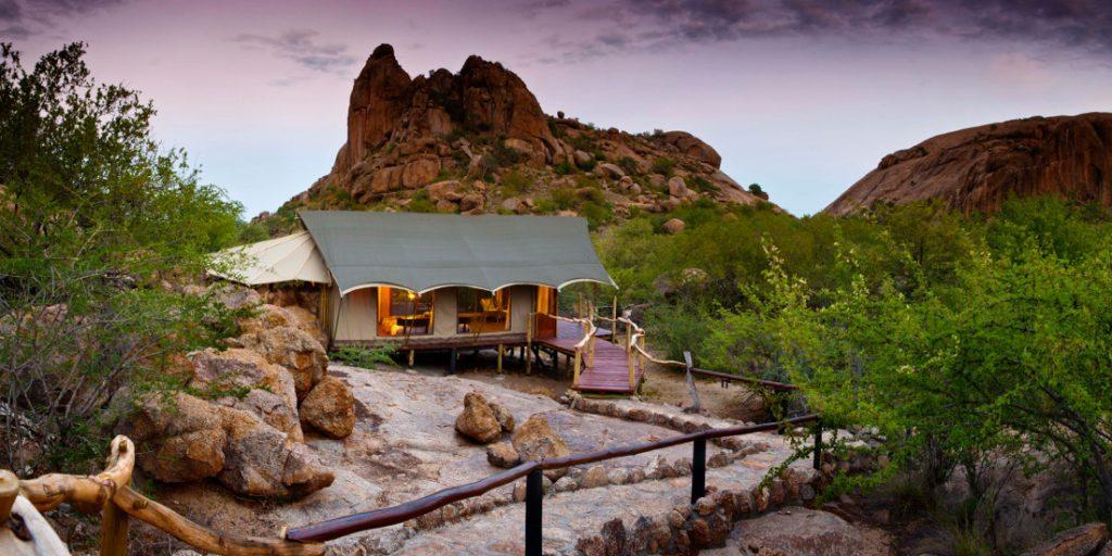 Namibia Omaruru Erongo Wilderness Lodge Iwanowskis Reisen - afrika.de
