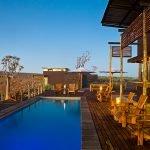 Namibia Fish River Canyon Lodge Terrasse Pool Iwanowskis Reisen - afrika.de