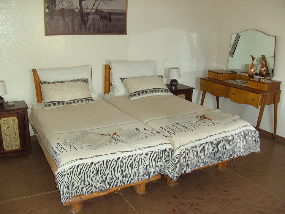 Namibia Gästefarm Omburo Ost Zimmer Iwanowskis Reisen - afrika.de