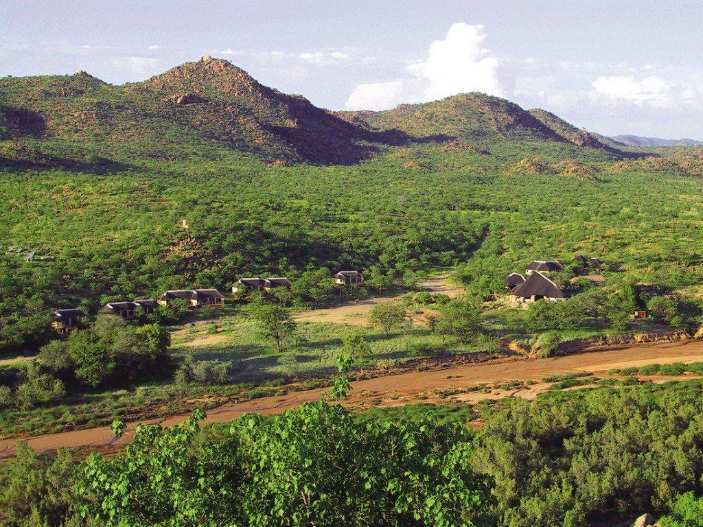 Namibia Damaraland Huab Lodge Iwanowskis Reisen - afrika.de