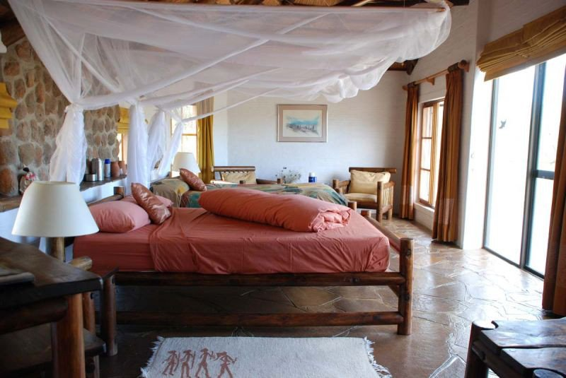 Namibia Damaraland Huab Lodge Zimmer Iwanowskis Reisen - afrika.de