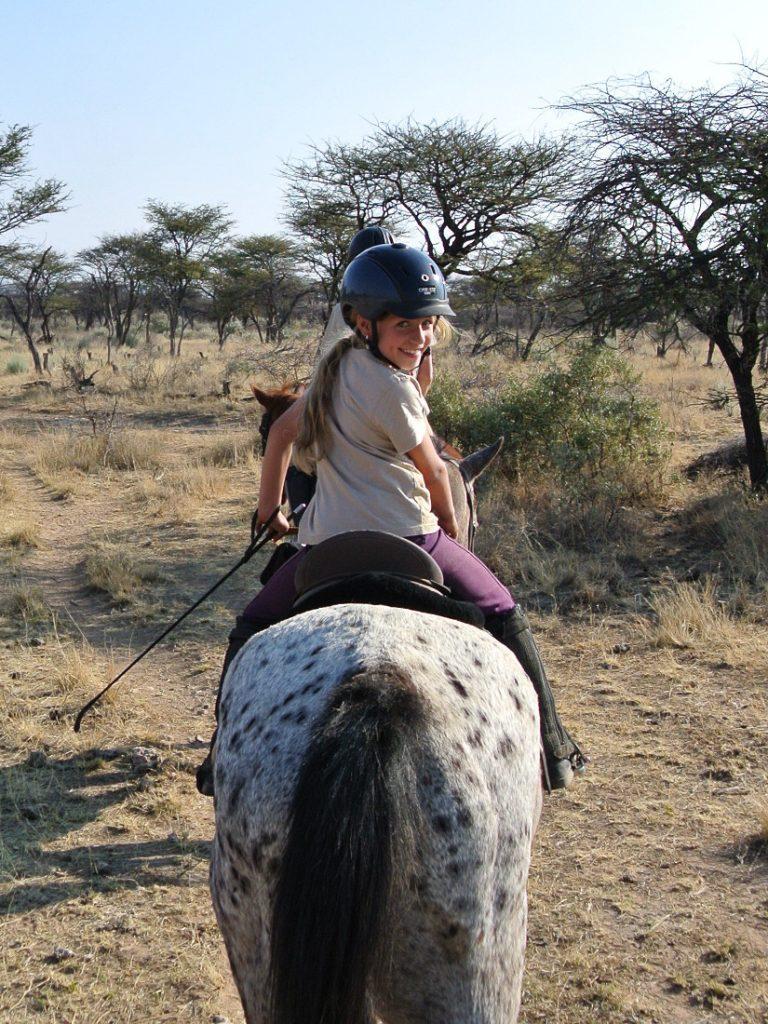 Namibia Otjiwarongo Kambaku Safari Lodge Kinder Reisen Iwanowskis Reisen - afrika.de