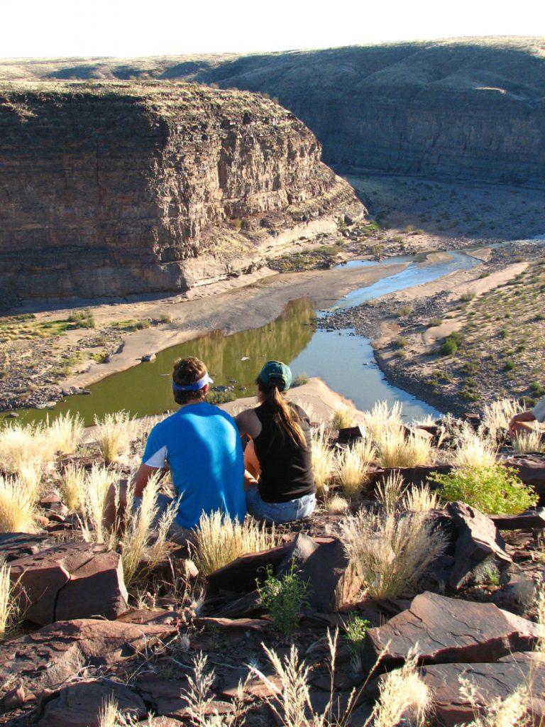 Namibia Fish River Canoyn Klipspringer Wanderung Rast am Canyon Iwanowskis Reisen - afrika.de