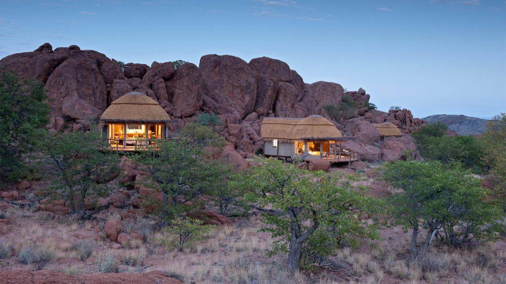 Namibia Twyfelfontein Mowani Mountain Camp Iwanowskis Reisen - afrika.de
