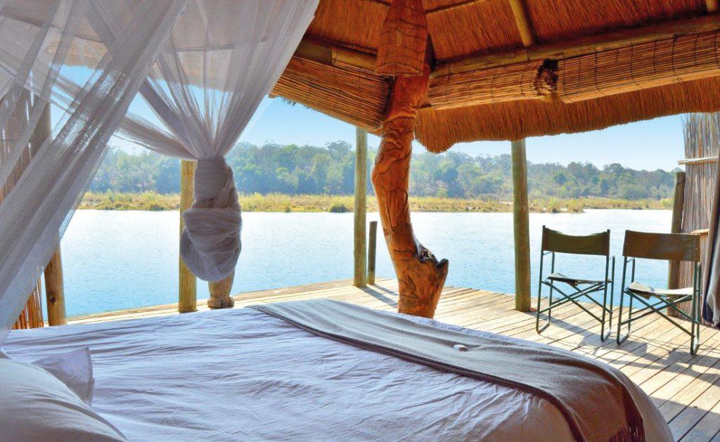Namibia Divundu Popa Falls Ngepi Camp Unterkunft Iwanowskis Reisen - afrika.de