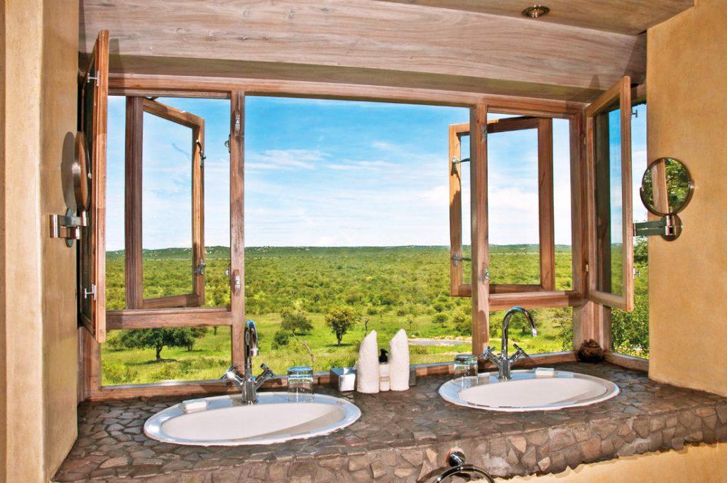 Namibia Etosha National Park Ongave Game Lodge Iwanowskis Reisen - afrika.de