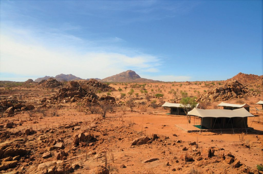 Namibia Ugab Fluss Ozondjou Trails Zeltcamp Iwanowskis Reisen - afrika.de