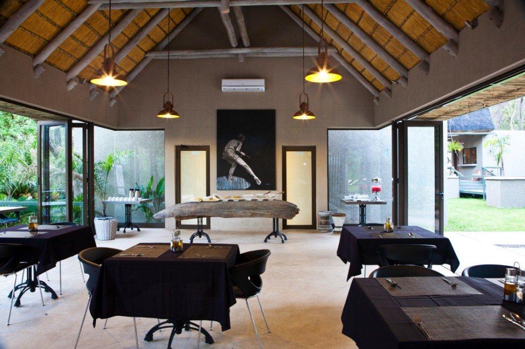 Namibia Popa Falls Resort Restaurant Iwanowskis Reisen - afrika.de