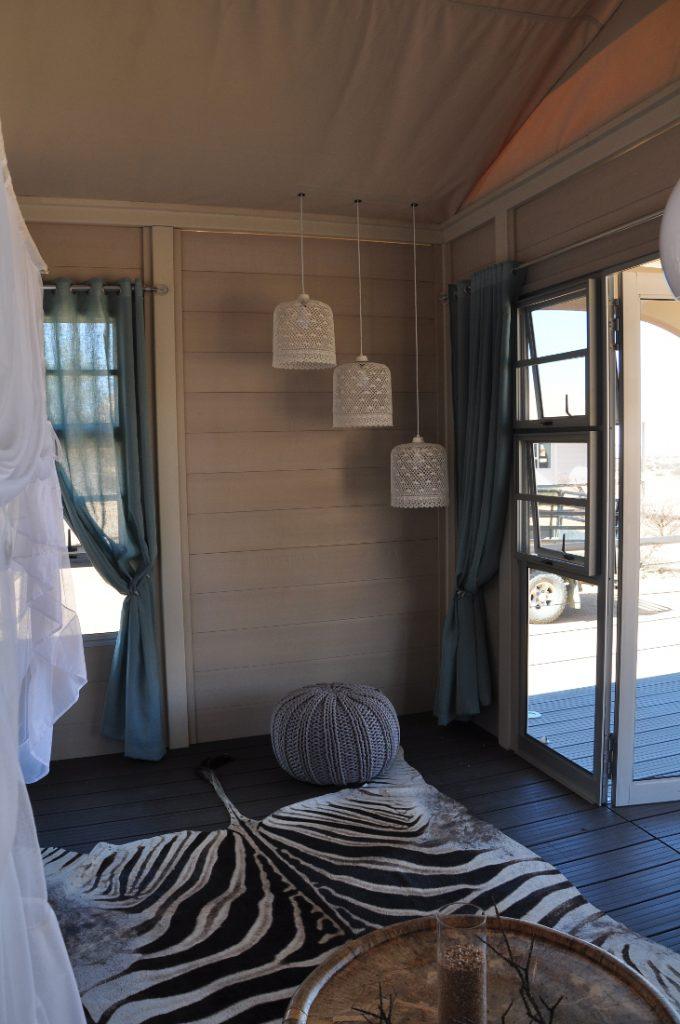Namibia Spitzkoppen Lodge Zeltunterkunft Iwanowskis Reisen - afrika.de