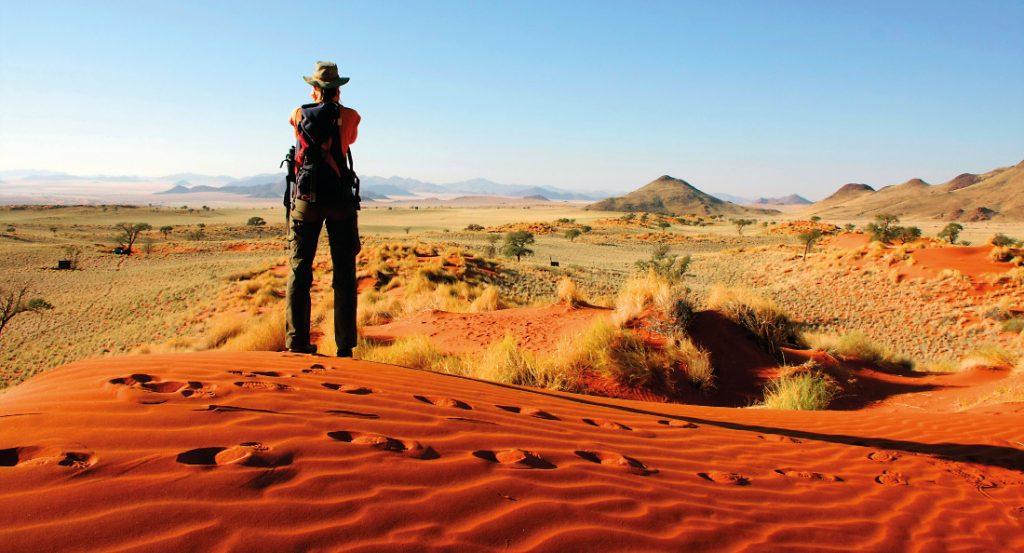 Namibia NamibRand Nature Reserve Tok Tokkie Trail Wanderung Iwanowskis Reisen - afrika.de