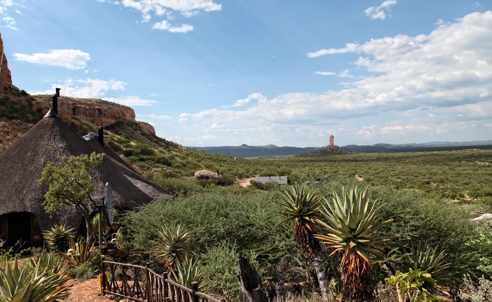 Namibia Vingerklip Lodge Aussicht Iwanowskis Reisen - afrika.de