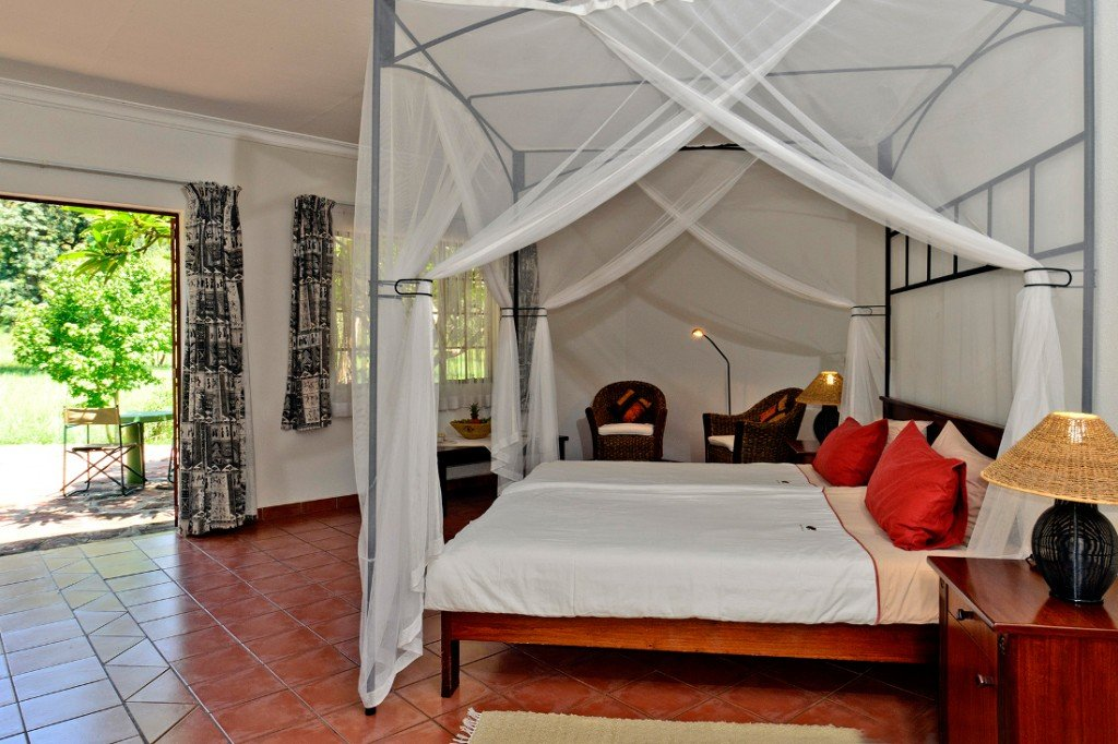 Namibia Waterberg Wilderness Lodge Zimmer Iwanowskis Reisen - afrika.de