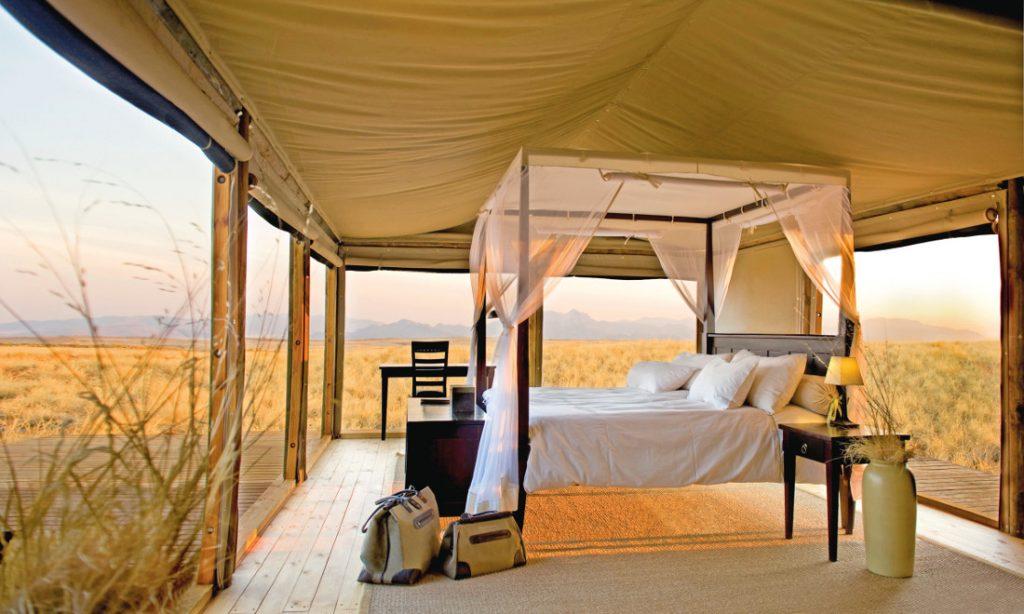 Namibia NamibRand Wolwedans Dunes Lodge Chalet Iwanowskis Reisen - afrika.de