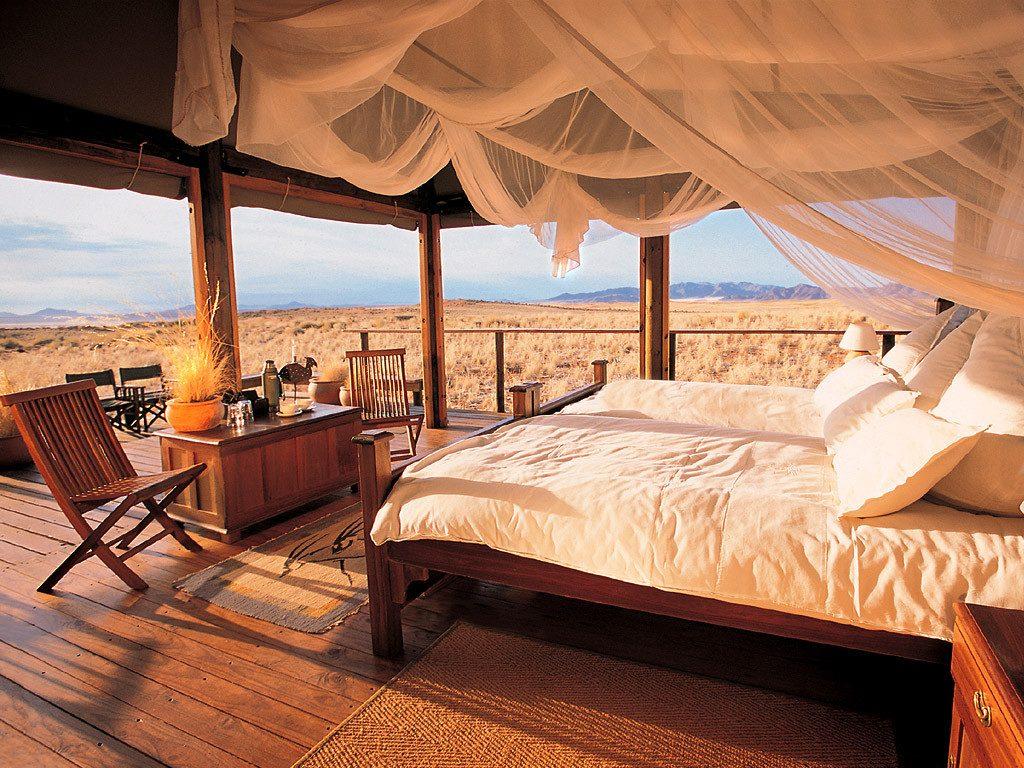 Namibia NamibRand Nature Reserve Wolwedans Dunes Lodge Zeltunterkunft Iwanowskis Reisen - afrika.de