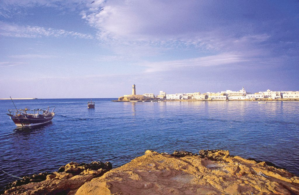 Oman Rundreise Gruppenreise Muskat Sur Hafen Iwanowskis Reisen - afrika.de