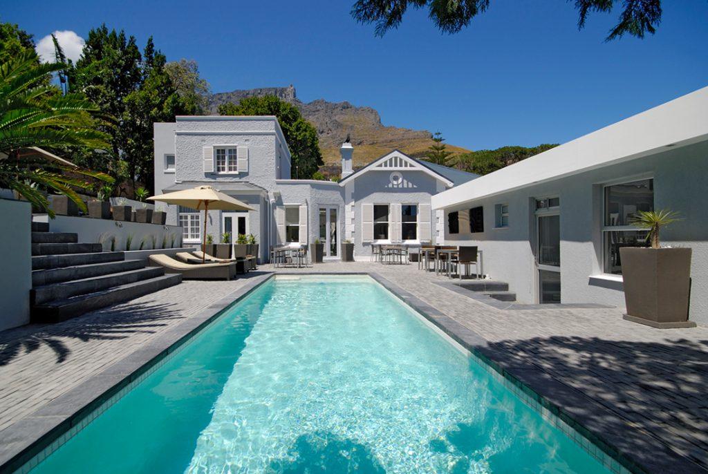 Südafrika Kapstadt 2inn1 Kensington Pool Iwanowskis Reisen - afrika.de