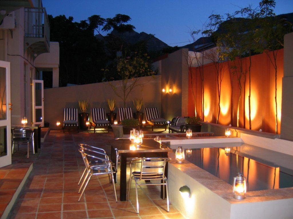 Südafrika Kapstadt An African Villa Courtyard Hof Iwanowskis Reisen - afrika.de