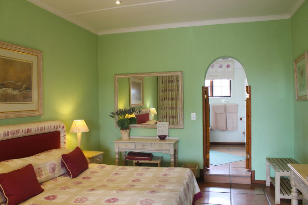 Südafrika Hazyview Chestnut Country Lodge Gästezimmer Iwanowskis Reisen - afrika.de