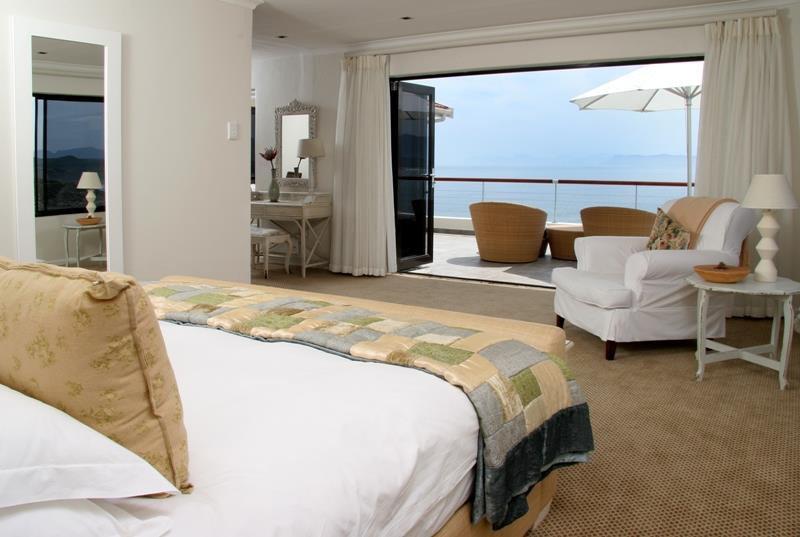 Südafrika De Kelders Cliff Lodge Ocean Suite Iwanowskis Reisen - afrika.de