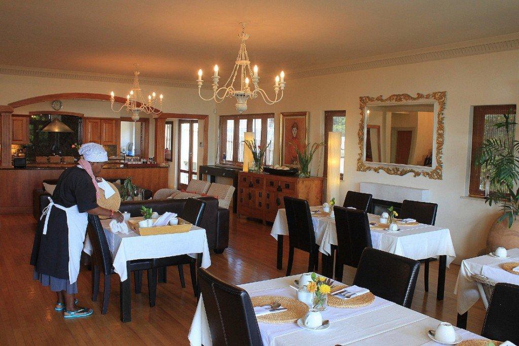 Südafrika Kapstadt De Tafelberg Guesthouse Frühstücksraum Iwanowskis Reisen - afrika.de