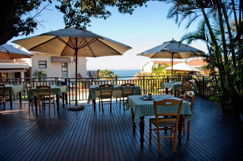 Südafrika Umdloti Fairlight Beach House Terrasse Iwanowskis Reisen - afrika.de