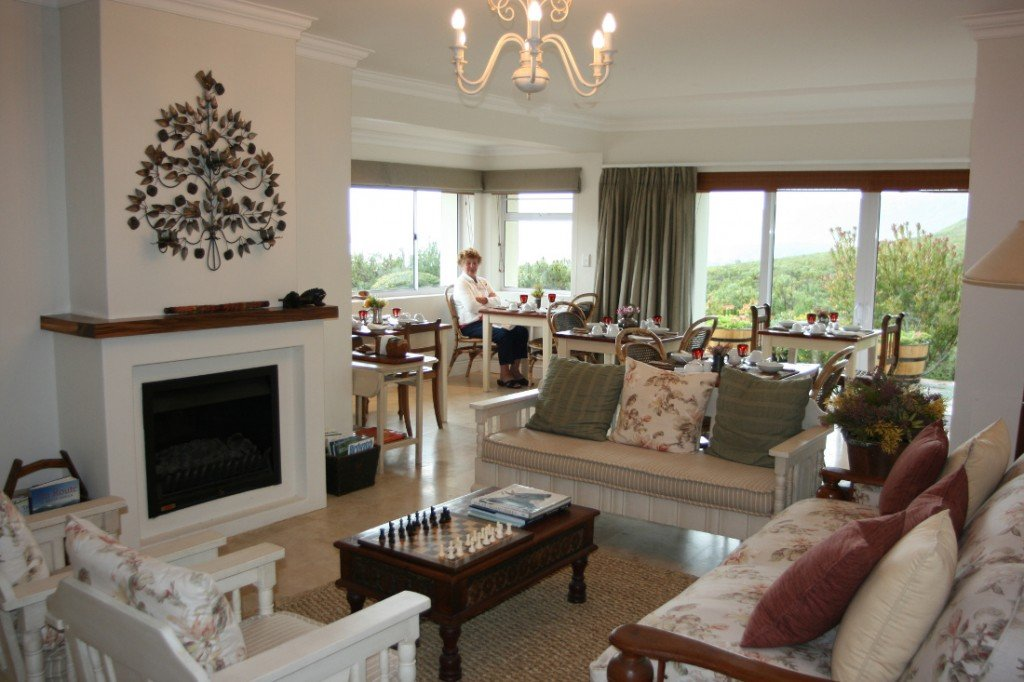 Südafrika Hermanus Francolinhof Lounge Frühstücksbereich Iwanowskis Reisen - afrika.de