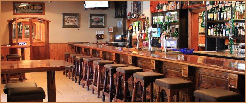 Südafrika Kimberley Halfway House Bar Iwanowskis Reisen - afrika.de