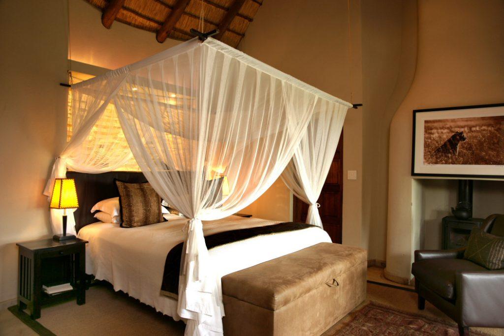 Südafrika Madikwe Game Reserve Impodimo Lodge Zimmer Iwanowskis Reisen - afrika.de