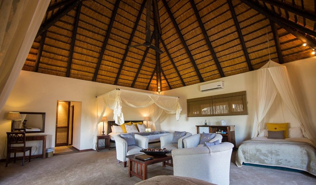 Südafrika Sabi Sands Inyati Game Lodge Zimmer Iwanowskis Reisen - afrika.de