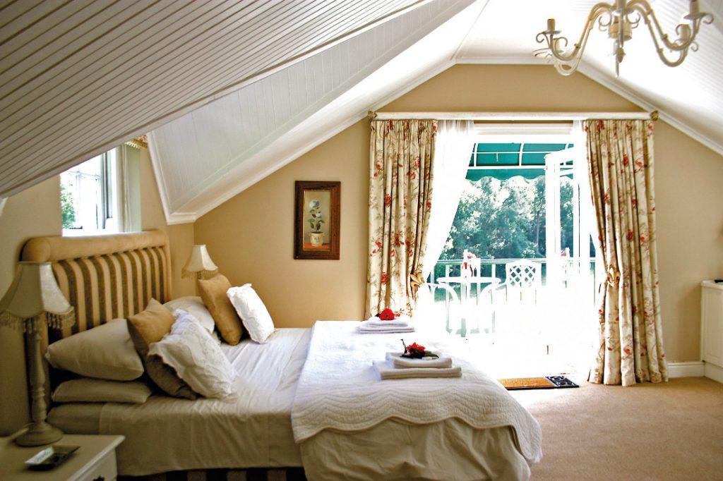 Südafrika Stellenbosch Knorhoek Guest House Zimmer Iwanowskis Reisen - afrika.de