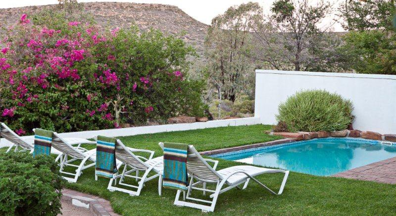 Südafrika Namaqualand Naries Namaqua Retreat Pool Iwanowskis Reisen - afrika.de