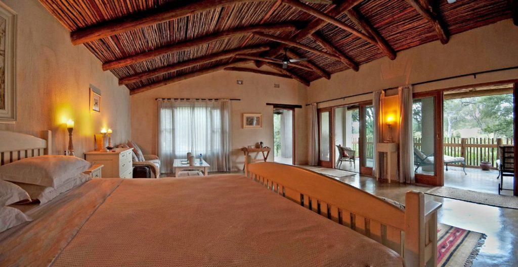 Südafrika Sabie Sands Nottens Bush Camp Zimmer Iwanowskis Reisen - afrika.de