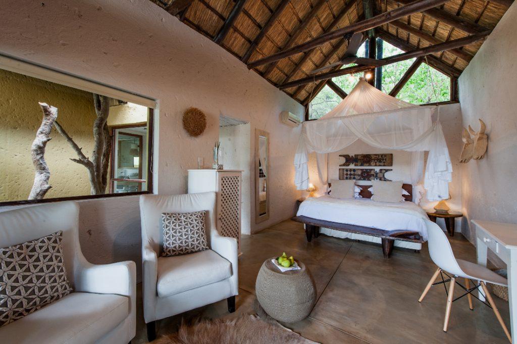Südafrika Balule Nature Reserve Pondoro Game Lodge Chalet Iwanowskis Reisen - afrika.de